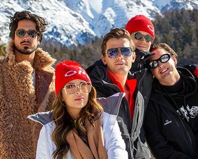 欧米茄携群星体验奥林匹克有舵雪橇的速度与激情