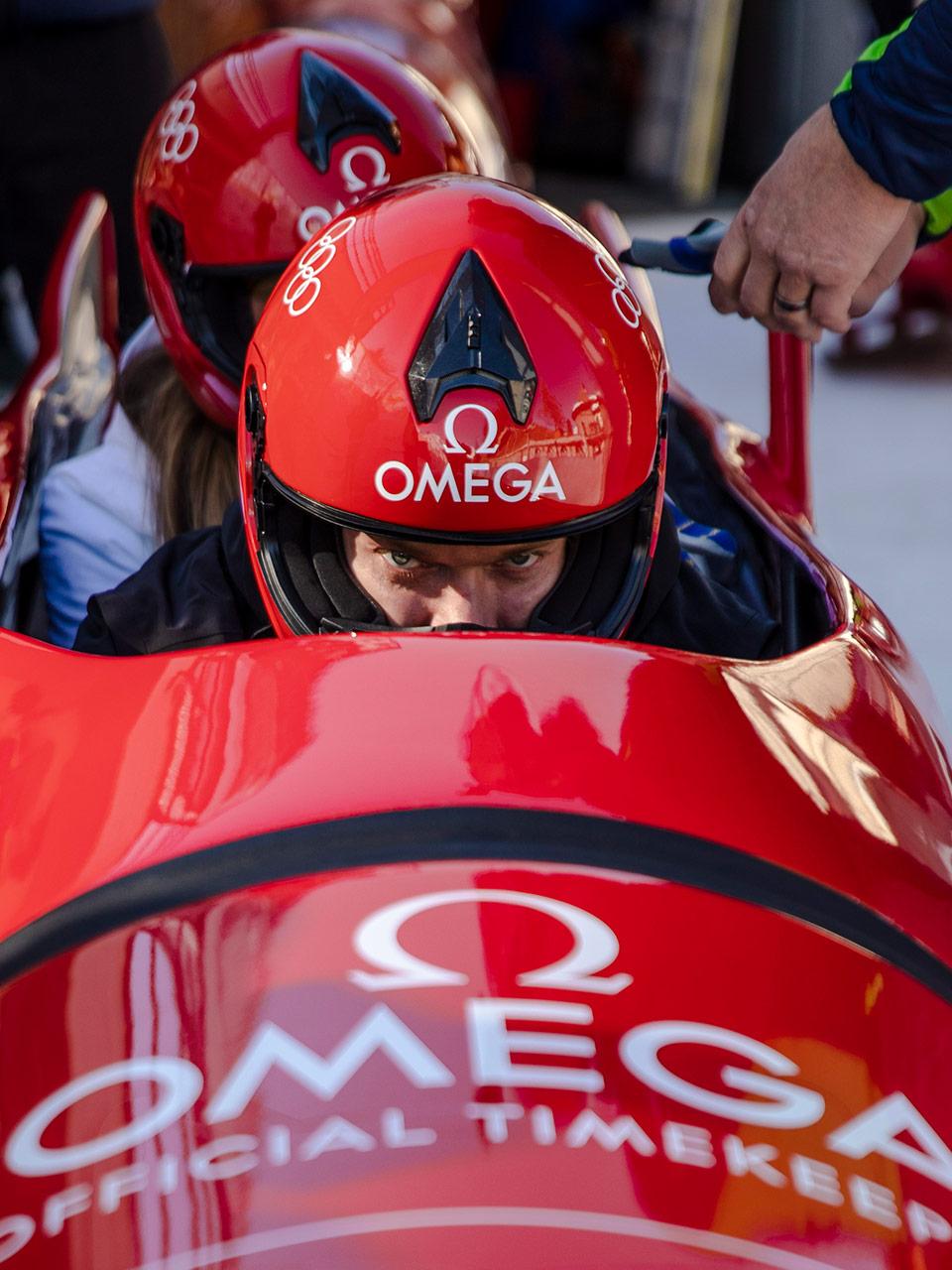 欧米茄携群星体验奥林匹克有舵雪橇的速度与激情  image
