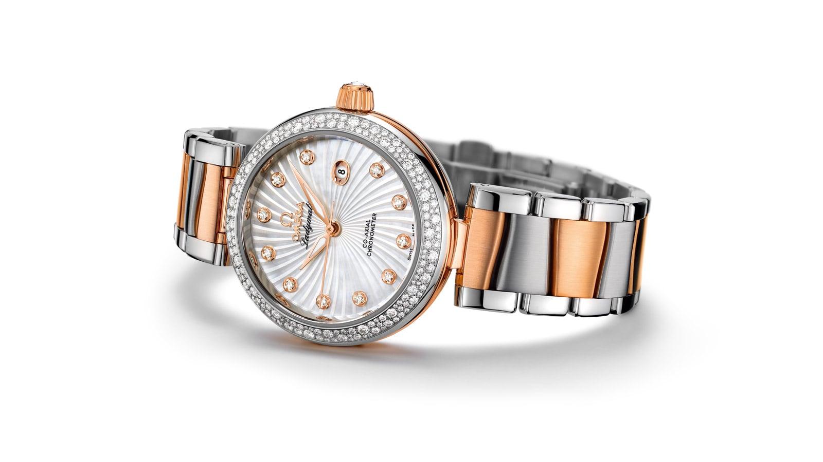 LADYMATIC系列 为21世纪设计的腕表