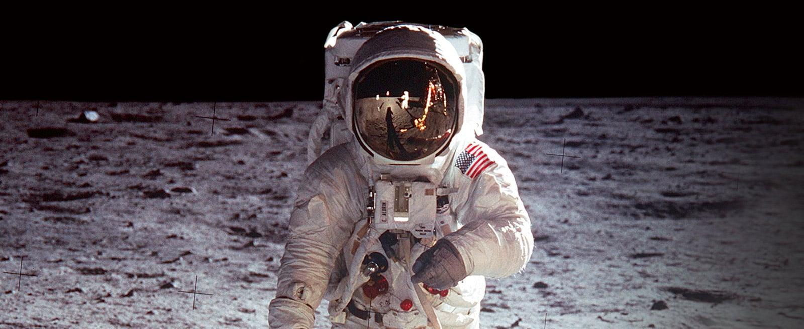欧米茄首枚欧米茄太空表: 超霸系列 - 月球表 - 欧米茄与太空探索的世界